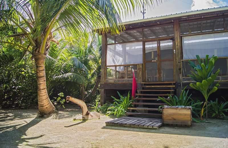 huracan-diving-lodge